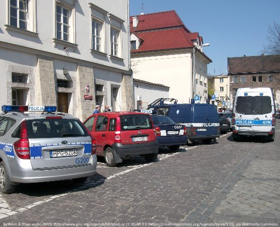 Policja Legionowo: Rozpoznana przez pracownika, zatrzymana przez dzielnicowych