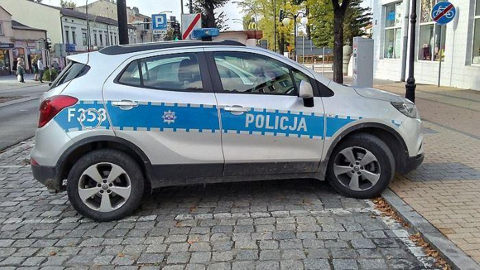 """Policja Legionowo: Jechał na """"podwójnym gazie"""""""